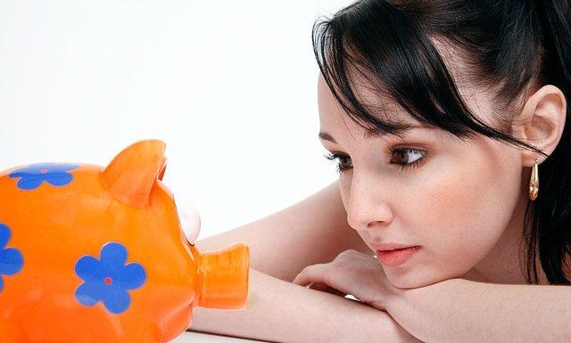 ¿Es bueno ahorrar en cadenas, tandas o ahorro natillero?